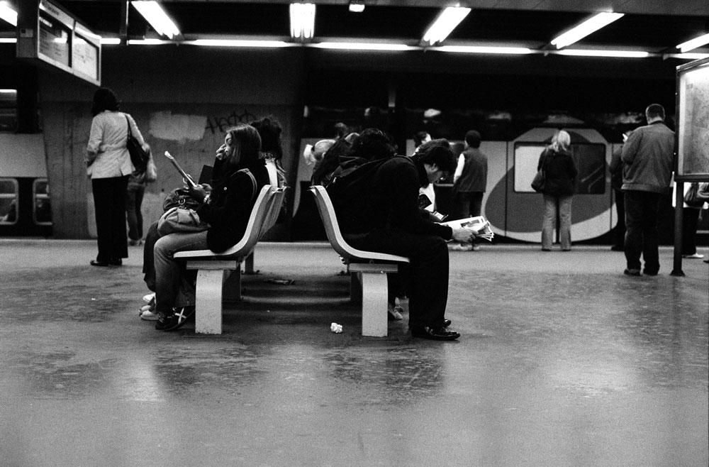 http://florianmaurer.fr/files/gimgs/6_florian-maurer-photographie-metro-rer-1.jpg